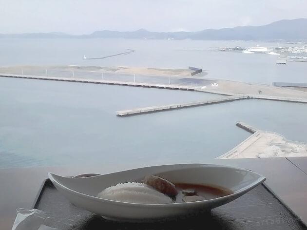 青森県観光物産館アスパム4階の展望レストラン