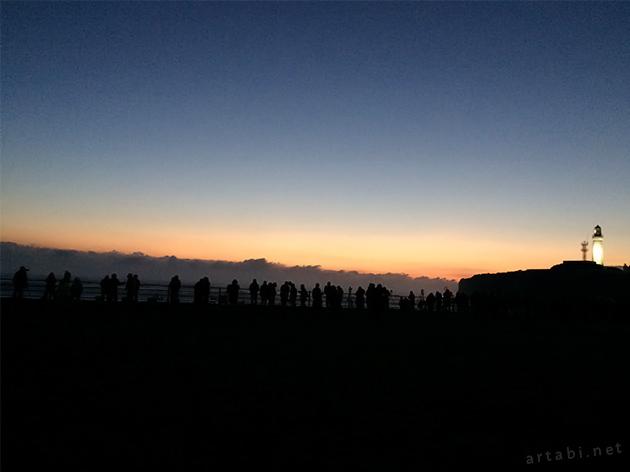 日の出を待つ人々 君ヶ浜公園 犬吠埼灯台