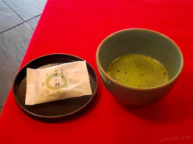 新選組 壬生屯所旧跡の抹茶と和菓子