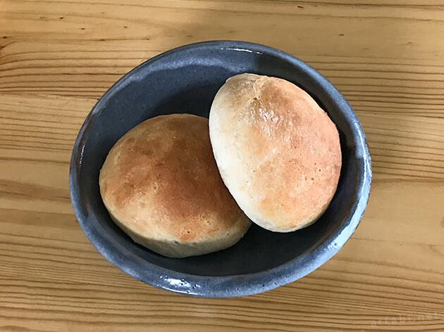 EO12562Jスフォルナトゥットで焼いたパン
