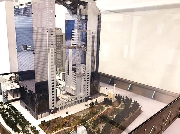 梅田スカイビルの模型展示